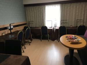 ホテルメトロポリタン自習室