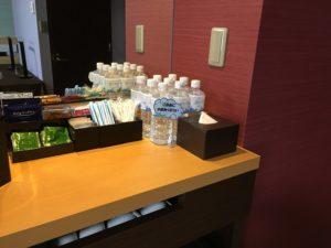 メトロポリタン自習室お水や飲み物